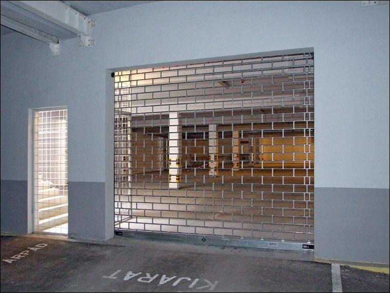 MABISZ minősített biztonsági rács a Hotel Árpád teremgarázsában